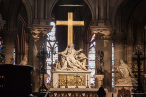 Paris' Cathedral of Notre to broadcast crown of thorns veneration on Good Friday