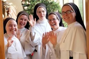 Singing Nuns to be at White House Tree Lighting Ceremony