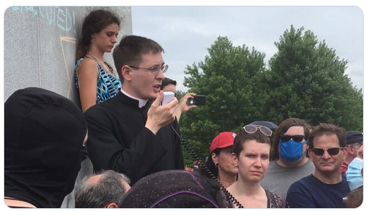 Catholic priest among defenders of St Louis statue; Muslim Action Network