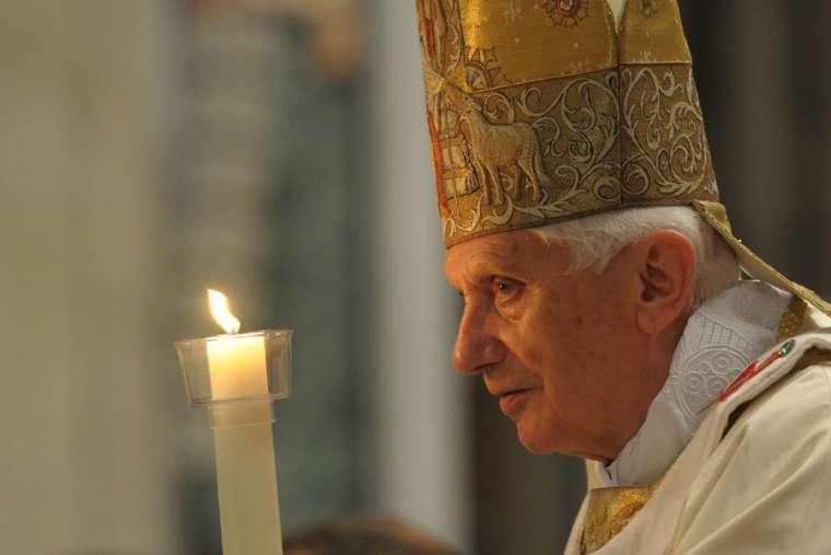 Benedict XVI praises Cardinal Sarah as great spiritual teacher