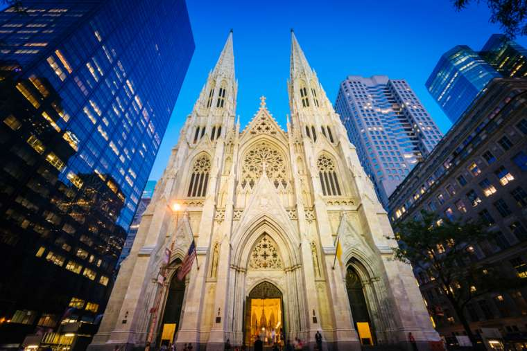 Man arrested entering St. Patrick's cathedral with gasoline