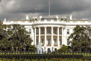 White House hosts Catholic leaders for religious freedom briefing