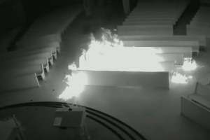 CAUGHT ON VIDEO: Shirtless Arson Careful to Wear Mask as He sets Catholic church in Florida on Fire; Pastor urges prayer, forgiveness